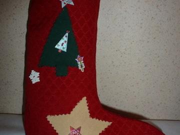 Vente au détail: décoration ou botte  de Noël à suspendre , décor étoile