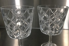Myydään: 2 wineglasses for sale!