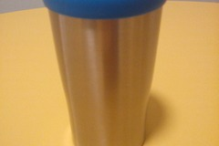 Myydään: Selling a thermo cup