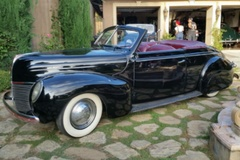 Renting out per day: 1939 Mercury Convertible