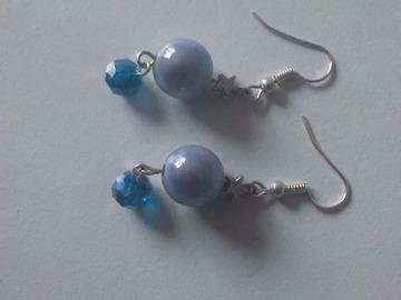 Vente au détail: Boucles d'oreilles Noël bleu
