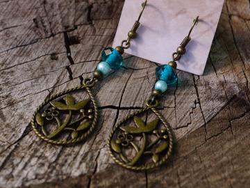 Vente au détail: Boucle d'oreille goutte feuille bronze, vert d'eau, émeraude