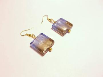 Vente au détail: Boucles d'oreilles pendantes perles verre bleu, marron et mé