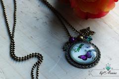 """Vente au détail: Collier cabochon """"papillon violet & vert"""""""