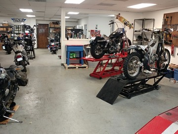 Daily: Skull Moto Shop Expert Repair and Do-It-Yourself Motorcycles