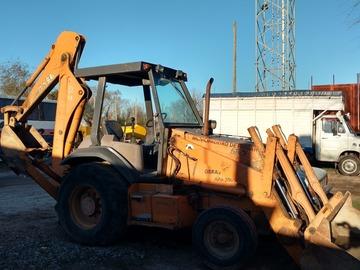 En alquiler: retropala Case 580 L