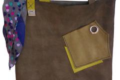 Vente au détail: Sac a main en cuir fait à la main- Pièce unique
