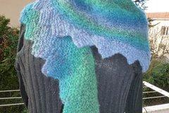 Sale retail: grande écharpe queue de dragon, ou chauffe épaule en mohair