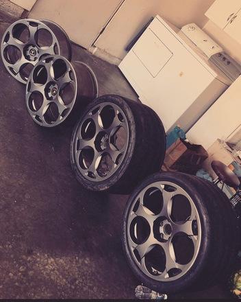 oem lamborghini gallardo wheels (rare graphite color) -