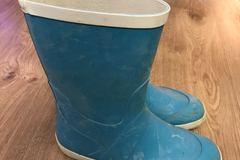 Myydään: Rubber boots