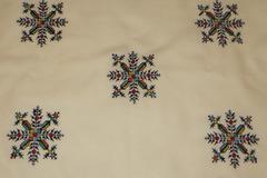 Vente au détail: Napperon rectangulaire coton blanc avec 6 serviette broderie