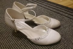 Ilmoitus: Hääkengät (G.Westerleigh Bridal Shoes)