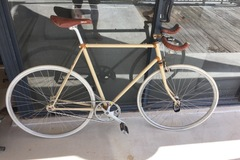 Daily Rate: Large fixie