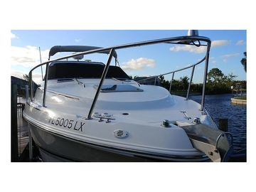 Selling: Chaparral Signature 300 Like New!