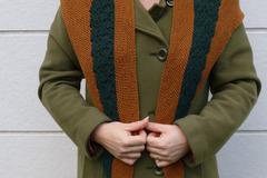 """Sale retail: Etôle tricotée dentelle """"Ma petite chaufferette"""" marron"""
