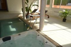 Offre: Espace bien-être piscine intérieure, SPA et Sauna