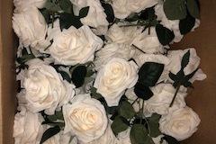 Ilmoitus: Valkoisi ruusuja 90 kpl