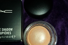Venta: Sombra crema Mac  So so saucy
