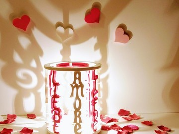 Sale retail: Lampe décorative avec le mot amour