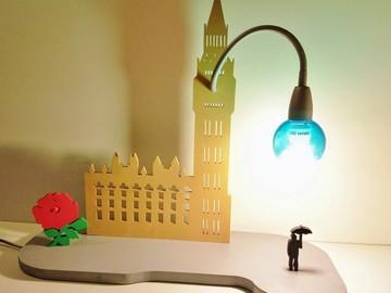 Sale retail: Lampe artisanale Big Ben
