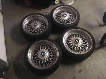 Selling: 17x8 | 5x120 | BBS Style 5