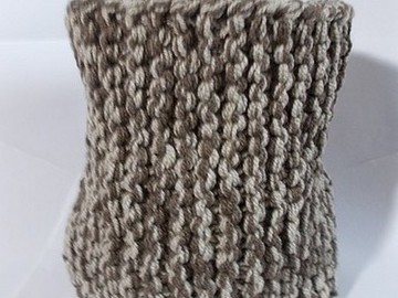 Vente au détail: snood en laine acrylique marron-beige