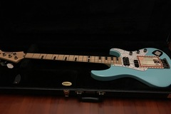 Renting out: Yamaha Billy Sheehan Attitude Limited 3 Bass