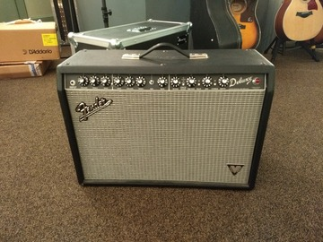 Renting out: Fender Deluxe Vintage Modified