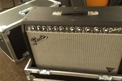 Renting out: Fender Deluxe Vintage Modified w/ Road Case