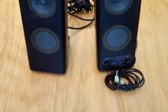 Myydään: Speakers Logitech X-140