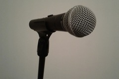 Renting out: Shure SM58 (2 Mics w/Stands & Cables)