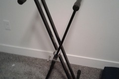Renting out: Keyboard Stand (Foldable)