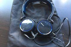 Myydään: Sony MDR-XB400 Extra Bass Headphone