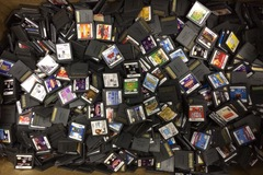 Sell: 100 NINTENDO DS GAMES
