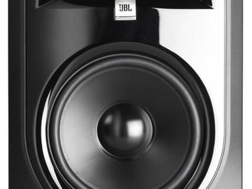 Renting out: JBL LSR 308(pair)