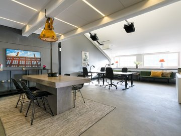Renting out: Työhuoneita Sörnäisissä