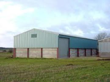 Daily Equipment Rental: Agricultural Building Available for Construction Storage