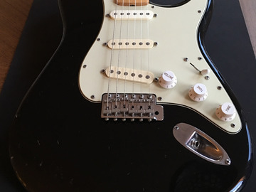 Renting out: Fender Squier Stratocaster