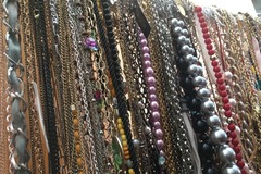 Sell: Wholesale Closeout 100 Necklaces Mixed Styles