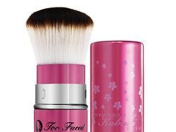 Buscando: TOO FACED KABUKI
