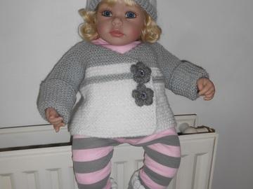 Vente au détail: ensemble brassière bonnet chaussons bébé/brassiere naissance