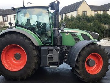 Daily Equipment Rental: Tractor for Hire - New Fendt 724