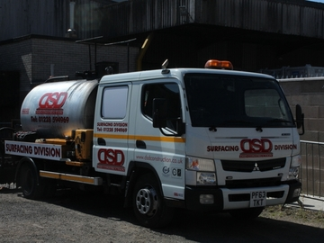 Daily Equipment Rental: Mitsubishi Fuso Canter 3000 Litre Spray Tanker