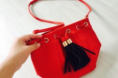 Myydään: cute hanging bag
