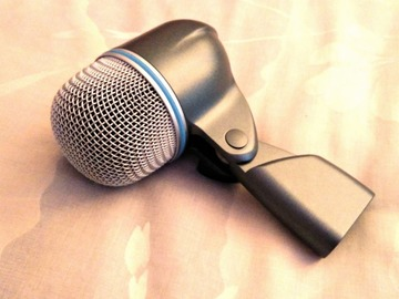 Renting out: Shure Beta 52A