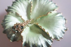 Bulk Lot: Wholesale High-End Rucinni®  Brooch Collection