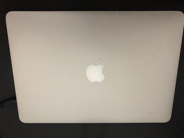 Myydään: Macbook pro retina 13.3
