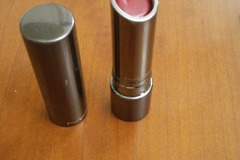 Venta: Labial MAC Huggable Lipcolour Red Necessity