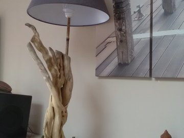 Sale retail: lampe en bois flotté