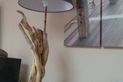 Vente au détail: lampe en bois flotté
